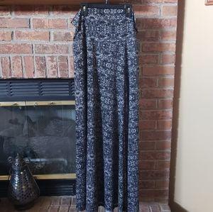 🔥BOGO🔥 Lularoe Maxi Skirt